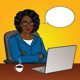 Wektorowa kolor ilustracja pomyślni amerykan afrykańskiego pochodzenia biznesmeni w biurowym pokoju royalty ilustracja