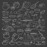 Wektorowa nakreślenie kolekci setu kreda na blackboard artykułach żywnościowy, napojach i kuchni naczyniach, Parzenie kawa i herb Obrazy Stock