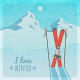 Wektorowa retro ilustracja z śnieżnymi górami i nartami Zdjęcie Royalty Free