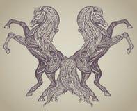 Wektorowa ręka rysująca para konie w graficznym ornamentacyjnym stylu Obrazy Stock