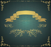Wektorowa rocznik karta z Złotą ręką Kreślił elementy ilustracja wektor