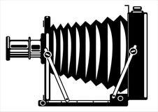 Wektorowa rocznika filmu kamera odizolowywająca na bielu ilustracja wektor