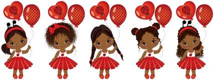 Wektorowe śliczne małe amerykanin afrykańskiego pochodzenia dziewczyny z różnorodnymi fryzurami ilustracji