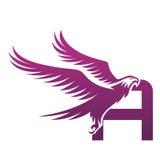 Wektorowe purpury Stawiają czoło jastrzębia inicjał logo zdjęcia stock