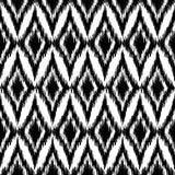 Wektorowego bezszwowego czarny i biały ikat etniczny wzór Fotografia Royalty Free