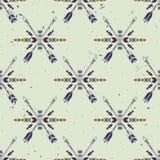 Wektorowego grunge bezszwowy wzór z krzyżować etnicznymi strzała i plemiennym ornamentem Zdjęcia Stock