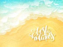 Wektorowego ręki literowania lata inspiracyjna etykietka na odgórnego widoku kipieli dennym tle - najlepszy wakacje - royalty ilustracja