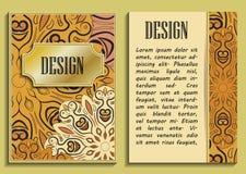 Wektorowego rocznika luksusowy pionowo zaproszenie z piękną barok koronki granicą i wzorem złoty projektu royalty ilustracja