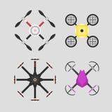 Wektorowej ilustracyjnej powietrznej pojazdu trutnia quadcopter inwigilaci radia pilot do tv komarnicy lotnicza unosi się narzędz ilustracji