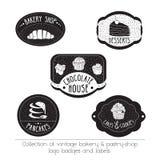 Wektorowi logowie z ręka rysującymi elementami odizolowywającymi na bielu Set rocznik piekarnia, ciasto loga sklepowe odznaki i e ilustracja wektor