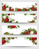 Wektorowi sztandary z czerwieni, białych i zielonych Bożenarodzeniowymi dekoracjami, ilustracji
