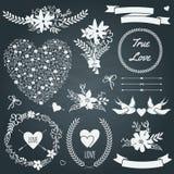 Wektorowy ślubny ustawiający z bukietami, ptaki, serca, strzała, faborki Obrazy Royalty Free