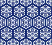 Wektorowy bezszwowy wzór z abstrakcjonistycznymi płatkami śniegu Obrazy Stock