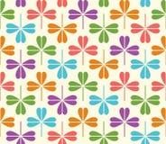Wektorowy bezszwowy wzór z kolorową koniczyną Obrazy Royalty Free