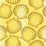 Wektorowy bezszwowy wzór z kropkowaną Denną skorupą lub przegrzebkiem w brązie na pomarańczowym tle błękitny morski denny bezszwo Obrazy Stock