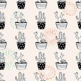 Wektorowy bezszwowy wzór z teksturami, kaktusami i sukulentami w garnkach atramentu okręgu, Zdjęcia Royalty Free