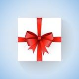 Wektorowy biały prezenta pudełko z czerwonym faborkiem i łęk na gradientowym błękitnym tle Ilustracja Wektor