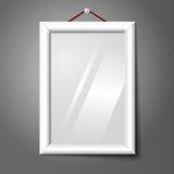 Wektorowy biały odosobniony pionowo fotografii ramy obwieszenie royalty ilustracja