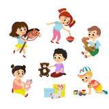 Wektorowy ilustracyjny ustawiający dziecko sztuka z zabawkami Mała dziewczynka jedzie drewnianego konia, chłopiec ściska misia i ilustracji