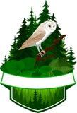 Wektorowy lasu emblemat z stajni sową royalty ilustracja
