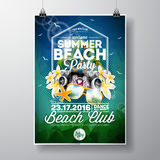 Wektorowy lato plaży przyjęcia ulotki projekt z typograficznymi i muzycznymi elementami na abstrakcjonistycznym tle Zdjęcie Royalty Free