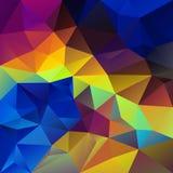 Wektorowy nieregularny poligonalny kwadratowy tło wibrującej tęczy neonowy holograficzny kolor - trójboka niski poli- wzór - ilustracja wektor