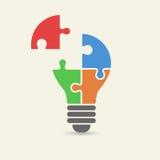 Wektorowy pojęcie kreatywnie praca zespołowa z żarówki łamigłówką Obrazy Stock