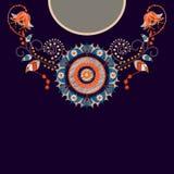 Wektorowy szablonu projekt dla kołnierz koszula, bluzki, koszulka Broderia kwitnie szyję i geometrycznego ornament paisley zdjęcia stock