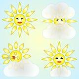 Wektorowy ustawiający cztery abstrakt pogodowej ikony z słońcem Zdjęcia Royalty Free