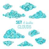 Wektorowy ustawiający doodles chmury ilustracji