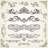 Wektorowy ustawiający zawijasów kąty dla projekta i elementy Kaligraficzna strony dekoracja, etykietki, sztandary, barok ramy Fotografia Stock