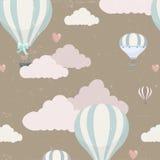 Wektoru wzór z balonem, chmurami i zwierzętami, Obrazy Royalty Free