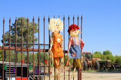 Welcome! or: Raggedy Andy and the farmers daughter Royalty Free Stock Photography