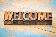 Welcome sign in vintage wood type Stock Photo