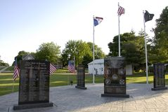 WELCOME TO ALTON GREAT PLAVE TO LIVE. ALTON / IOWA STATE/USA_ Welcome to Alaton great to live in american ruler town and  message for travlers city hall, veteran Stock Photos