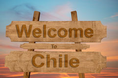 Welcome to Chile sing on wood background Stock Photos