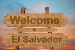 Welcome to El Salvador sing on wood background Royalty Free Stock Photography