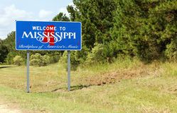 Welcome to Mississippi. A welcome sign at the Mississippi state line stock images