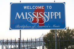 Welcome to Mississippi Sign. Descriptive sign welcoming travelers to Mississippi royalty free stock image