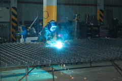 Welder of Metall mesh Stock Photography