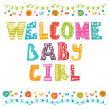 Welkom babymeisje De Aankomstkaart van het babymeisje De douchekaart van het babymeisje Stock Afbeeldingen