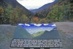 Welkom plaque bij ingang van Crawford Notch State Park, NH op Route 112 Stock Fotografie
