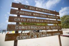 Welkom teken in Cayo Playuela, Morrocoy, Venezuela Royalty-vrije Stock Fotografie
