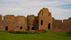 Well och slottbyggnad Arkivfoto