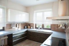 Well-organized kitchen interior Royalty Free Stock Photos