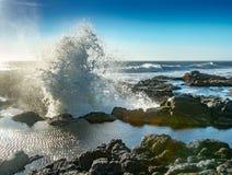 Welle explodiert von Thor ` s gut stockfoto