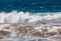 Welle gemischt mit Sand von der Unterseite lizenzfreies stockbild