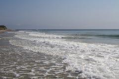 Wellen auf dem Strand Lizenzfreie Stockfotografie