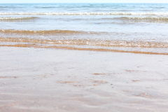 Wellen auf dem Strand Stockfotografie