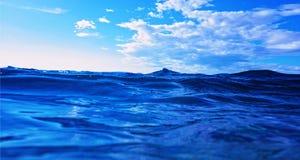 Wellen auf Meer stockfotos